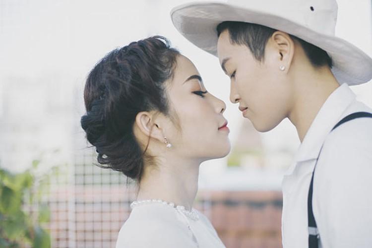 Bo anh dong tinh sieu lang man khien dan tinh thon thuc-Hinh-4