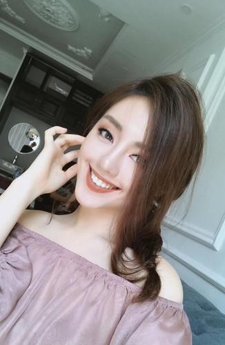 "Hot girl The Face duoc vi nhu ""sinh doi voi Tam Tit""-Hinh-5"