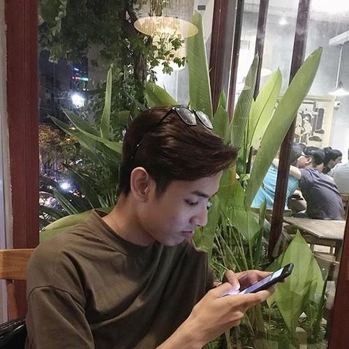 Chang trai Quang Binh duoc menh danh la ban sao Ngo Diec Pham-Hinh-9