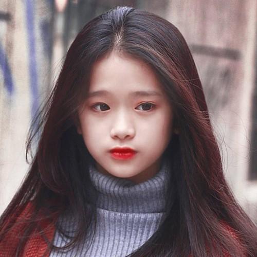"""Noi len trong tai tieng, """"hot girl"""" Linh Ka lai bi doa kien-Hinh-2"""