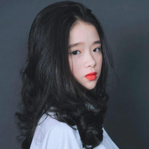 """Noi len trong tai tieng, """"hot girl"""" Linh Ka lai bi doa kien-Hinh-4"""