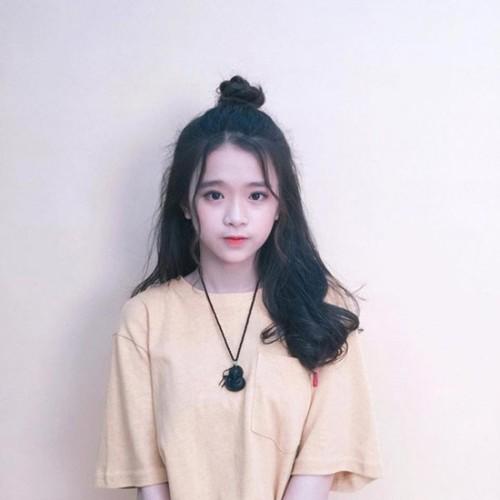 """Noi len trong tai tieng, """"hot girl"""" Linh Ka lai bi doa kien-Hinh-5"""