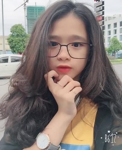 """Noi len trong tai tieng, """"hot girl"""" Linh Ka lai bi doa kien-Hinh-6"""