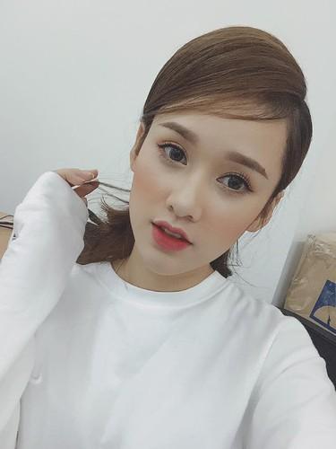 """Nu sinh Viet tung duoc dan mang TQ """"san lung"""" la ai?-Hinh-5"""