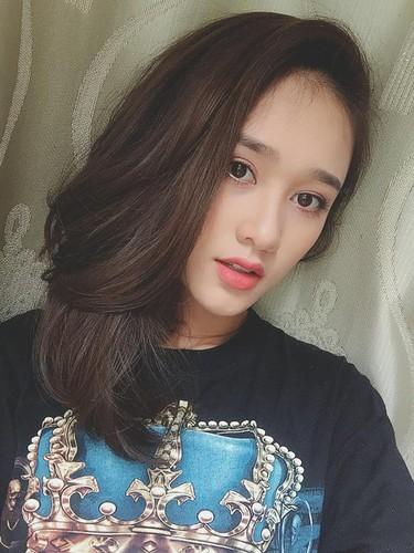 """Nu sinh Viet tung duoc dan mang TQ """"san lung"""" la ai?-Hinh-6"""