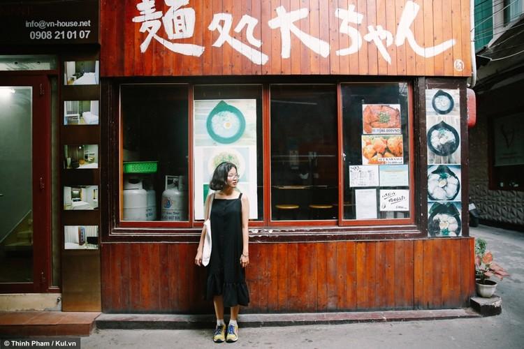 Check-in pho Nhat giua long Sai Gon