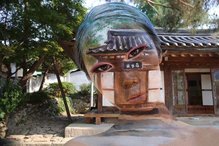 """Co gai Han co tai tao ao giac """"kinh di"""" tren khuon mat-Hinh-3"""