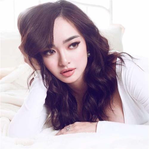 """Dan hot girl 10X noi tieng nay dang """"gay bao"""" mang-Hinh-2"""