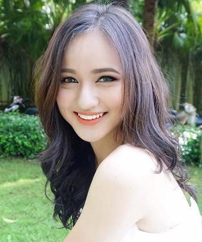 """Dan hot girl 10X noi tieng nay dang """"gay bao"""" mang-Hinh-3"""