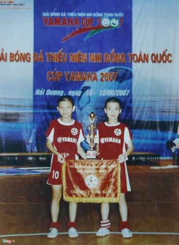 "Hinh anh au tho giong ""tai tu dien anh"" cua Van Toan-Hinh-5"