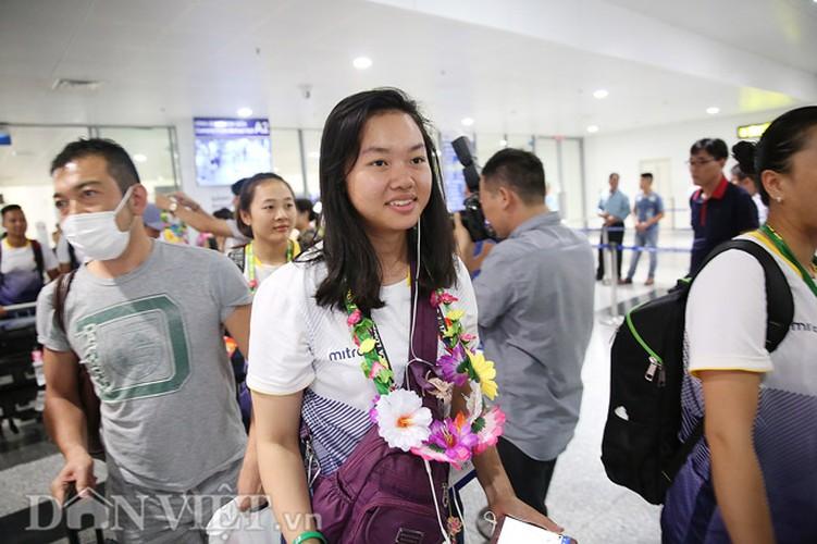 Co gai vang Duong Thuy Vi rang ro trong ngay tro ve-Hinh-7