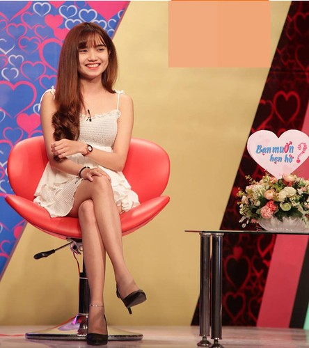 "Hot girl Tay Nguyen gay sot ""Ban muon hen ho"""