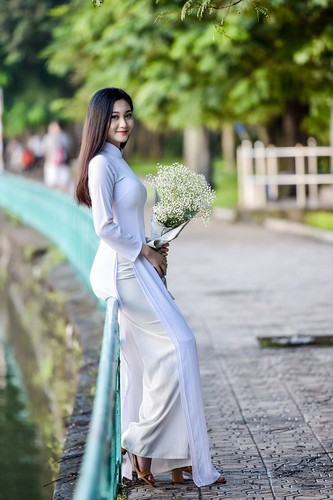"Chi 22 giay, ""hot girl bikini"" truong Bao da hop hon bao nguoi-Hinh-7"