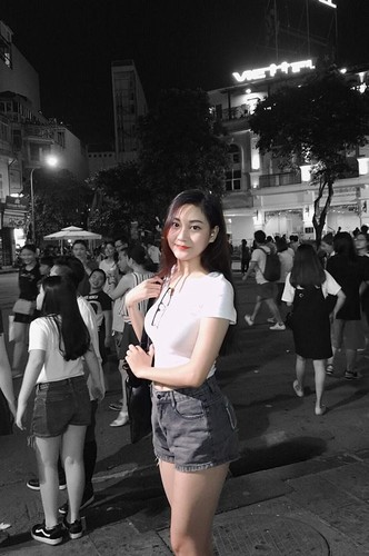 "Chi 22 giay, ""hot girl bikini"" truong Bao da hop hon bao nguoi-Hinh-8"