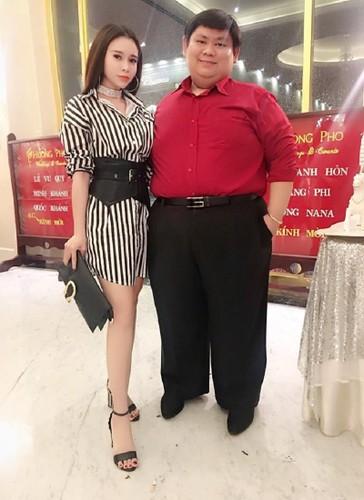 "Cap doi Viet ""nguoi dep va quai thu"" duoc bao Tay khen ngoi-Hinh-4"