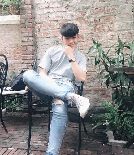 Hot boy Yen Bai duoc nhieu nguoi to tinh nhung van F.A-Hinh-8