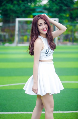 "Top 10 hot girl Viet co luong fan ""khung"" nhat trong gioi tre-Hinh-9"