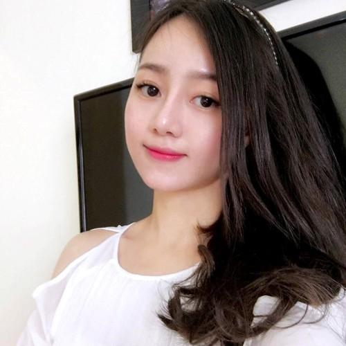 Ban gai xinh dep cua Chi Dan trong MV moi la ai?-Hinh-8