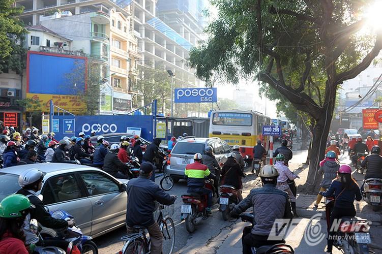 Canh ket cung xe co o du an duong sat tren cao-Hinh-2