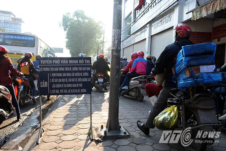 Canh ket cung xe co o du an duong sat tren cao-Hinh-4