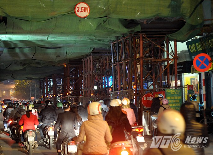 Canh ket cung xe co o du an duong sat tren cao-Hinh-9