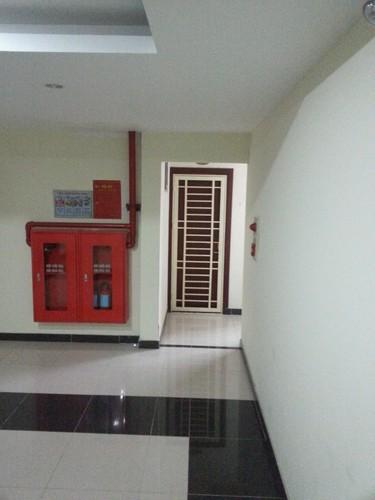 Can canh sai pham khung va nhech nhac o chung cu Ho Guom Plaza-Hinh-4