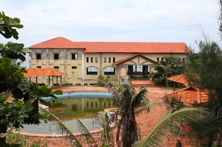 Am anh nhung khu resort bo hoang noi tieng mien Trung-Hinh-2
