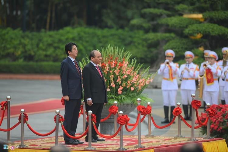 Anh: Le don Thu tuong Nhat Ban Shinzo Abe toi tham Viet Nam-Hinh-2