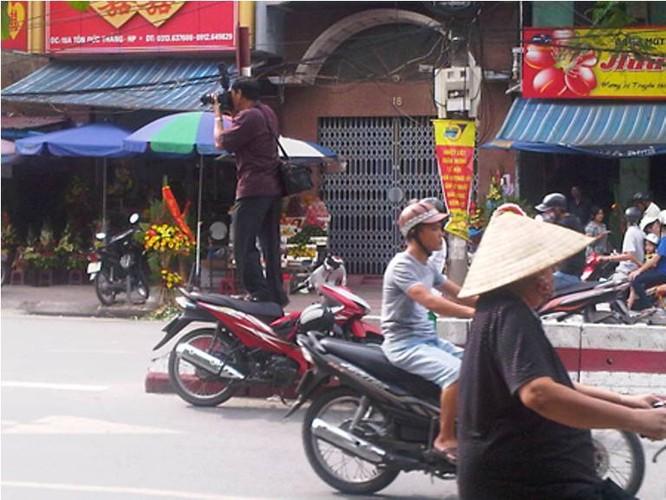 Hinh anh cuoi ra nuoc mat ve giao thong Viet Nam-Hinh-4