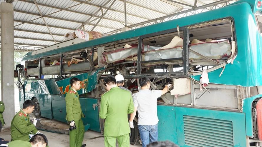 Can canh ben trong xe giuong nam phat no lam 2 nguoi chet-Hinh-6