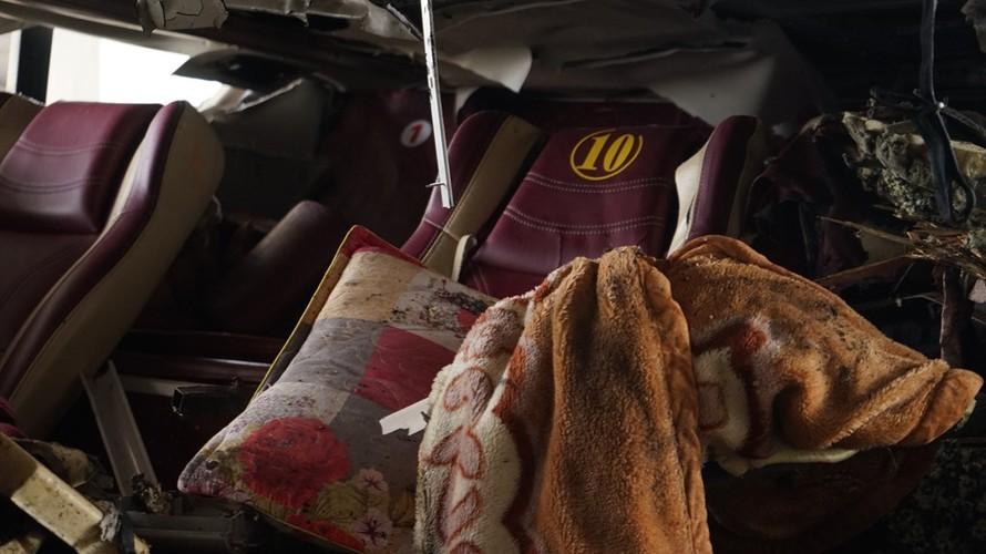 Can canh ben trong xe giuong nam phat no lam 2 nguoi chet-Hinh-9