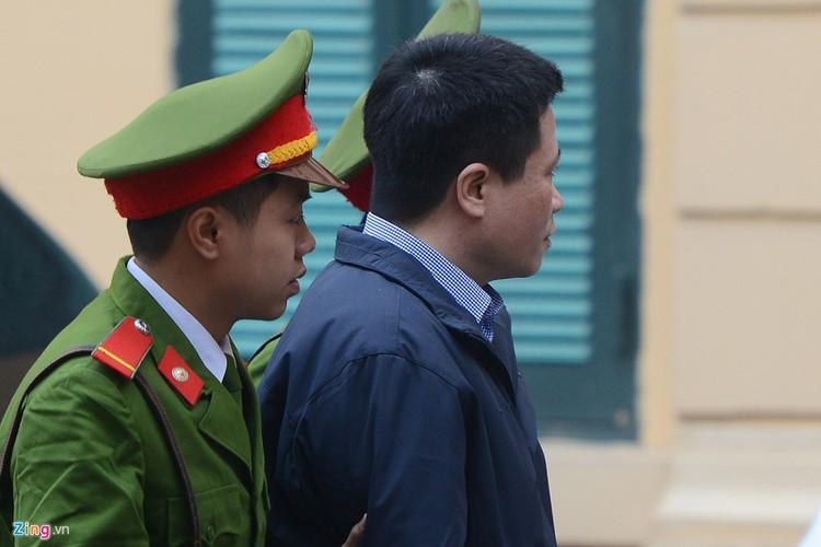 Anh: Xe dac chung dan giai Ha Van Tham va dong pham hau toa-Hinh-5