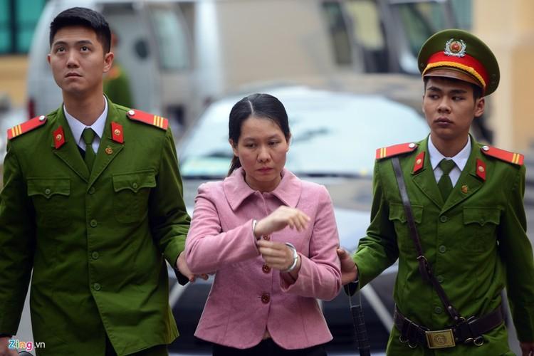 Anh: Xe dac chung dan giai Ha Van Tham va dong pham hau toa-Hinh-7