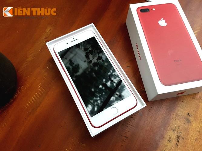"""Hang """"nong"""" iPhone 7 Plus do vua ve Ha Noi co gi doc?"""