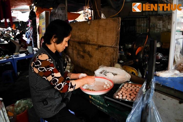 Anh: Nguoi Ha Noi xep hang dai mua banh troi banh chay-Hinh-12