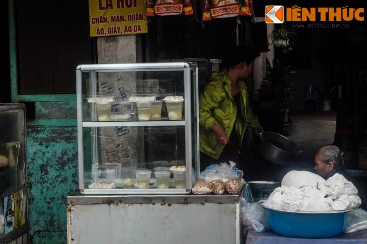 Anh: Nguoi Ha Noi xep hang dai mua banh troi banh chay-Hinh-13