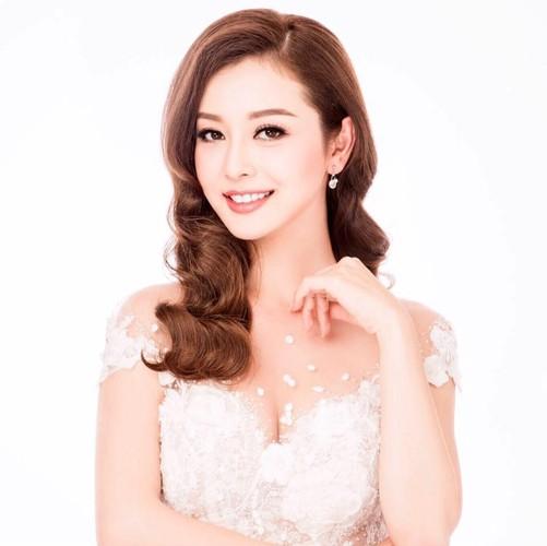 Jennifer Pham - hoa hau 3 con van khien dan ong me dam-Hinh-15