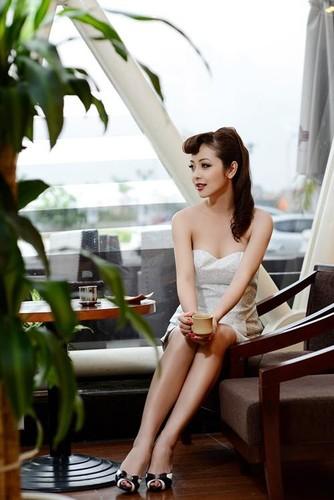 Jennifer Pham - hoa hau 3 con van khien dan ong me dam-Hinh-7