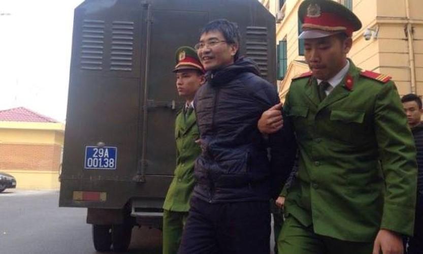 Xu phuc tham Giang Kim Dat: Chi tiet bat ngo trong ngay dau tien-Hinh-12