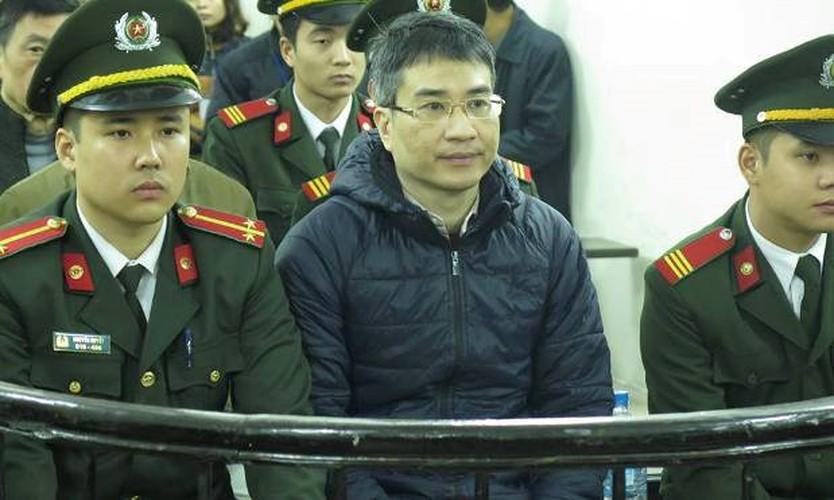Xu phuc tham Giang Kim Dat: Chi tiet bat ngo trong ngay dau tien-Hinh-7