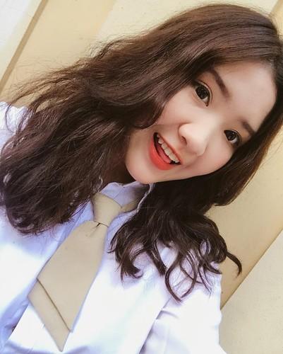 Nhung nu sinh xinh dep hut hon nhat mua khai giang 2017-Hinh-7