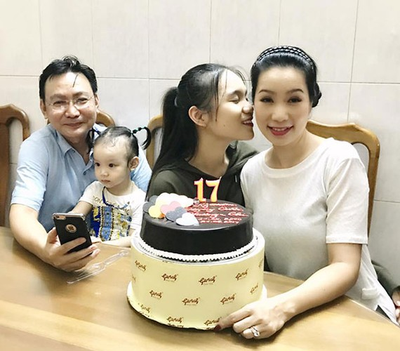 17 nam ket hon, Trinh Kim Chi va ong xa van ngot ngao, lang man-Hinh-9