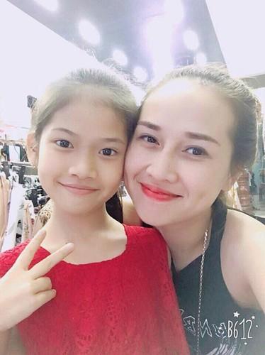 """Ba me 3 con Thai Nguyen mon mon """"an dut"""" gai doi muoi"""