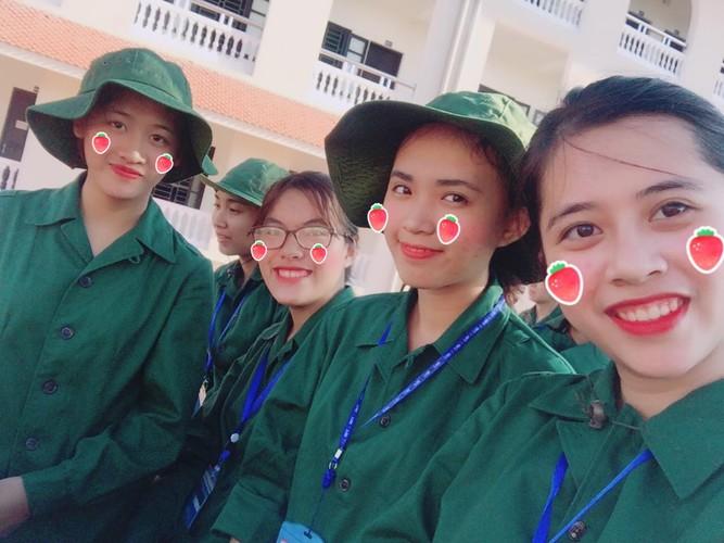 """9X Nghe An noi tieng vi nhay Bong bong bang bang sieu """"lay""""-Hinh-14"""