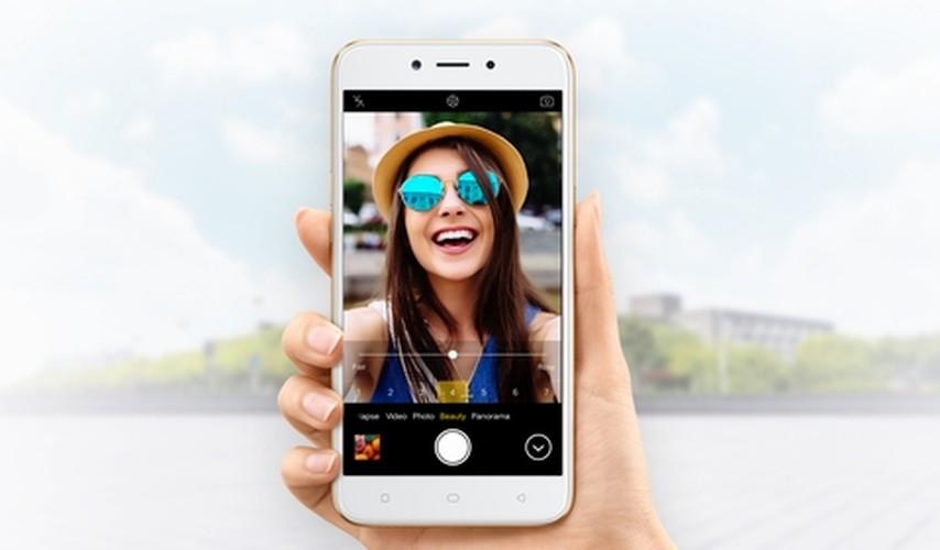 """Mach ban smartphone moi co cau hinh manh gia """"mem""""-Hinh-4"""