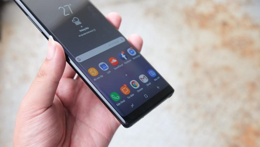 Mo hop Galaxy Note 8, doi thu so 1 cua iPhone X-Hinh-9