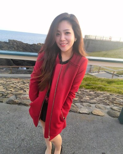 Nhan sac khong thua hot girl cua em gai Ong Cao Thang-Hinh-10