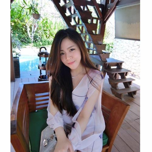 Nhan sac khong thua hot girl cua em gai Ong Cao Thang-Hinh-5
