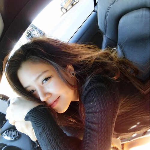 Nhan sac khong thua hot girl cua em gai Ong Cao Thang-Hinh-7