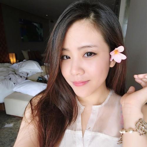 Nhan sac khong thua hot girl cua em gai Ong Cao Thang-Hinh-8